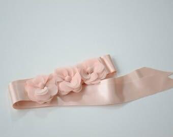 Bridal belt, Pink Bridal sash, Floral Bridal Belt, sash belt, Blush bridal belt, Flower wedding sash, Flower wedding dress belt