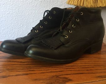 Vintage leather ankle boots size 8B