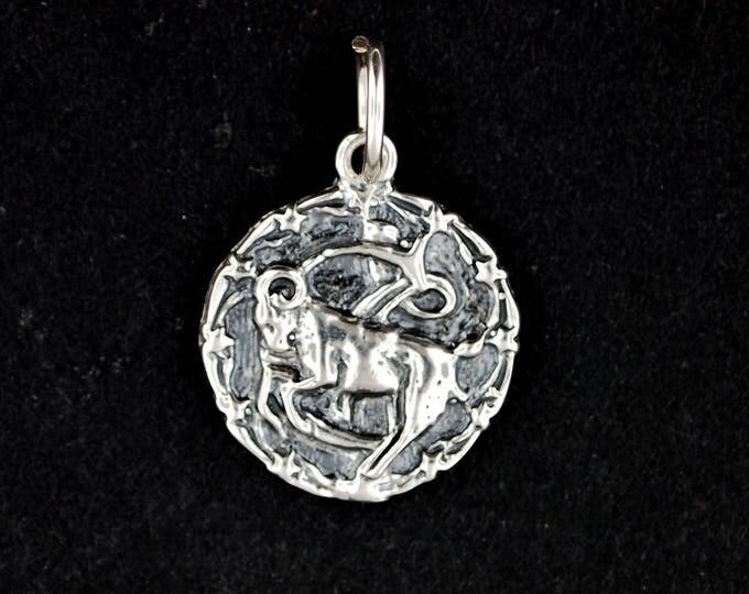 Zodiac Medallion Capricorn in Sterling Silver