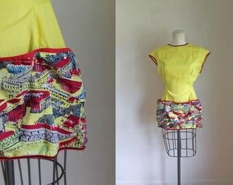vintage 1940s cobbler apron - CASTLE bright yellow apron top / L