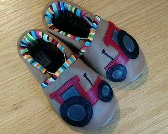 baby boy's red tractor shoes size 6/ 18-24 months, leather baby shoes, moccasins, case ih international