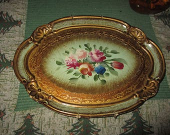 Vtg Gold Shell Scallop Edge Pink Cabbage Roses Designs Victorian Look Florentine Syroco Style Tole Ware Serving Tray, 11.75 x 8.75, Italy