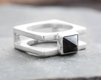 NEBULOUS BLACK PYRAMID Silver Ring