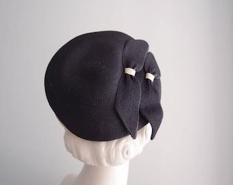 1950s hat / Navy Blue & White sailor tilt Bow Topper Beret ... a Carol Ann Hat