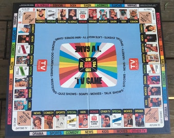 TV Guide's TV Game 1984 board game cards question books by Trivia, Inc. Triangle Publications, Inc. 2 or more players family fun game