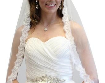 7 Days Sale Bridal Veil, Alencon Lace Fingertip Veil, Scallop Lace Veil, Wedding Veil #70811