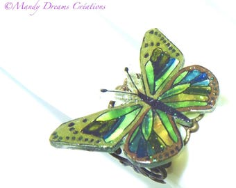 Green butterfly ring; Multicolored, romantic openwork bronze