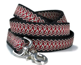 Red & White Chains Jacquard Coordinating Leash