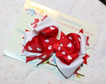 Red hearts  valentine hair bow