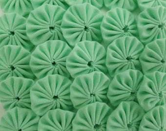 50 Light Green 1 inch  Fabric Miniature Yo Yos Applique Quilt Pieces Scrapbooking Embellishments