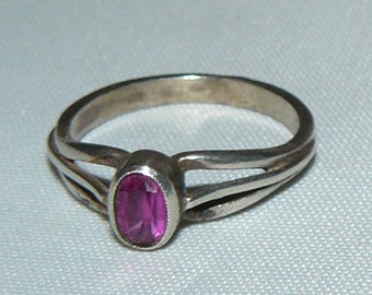 Vintage Sterling Silver Ring Size 6.5
