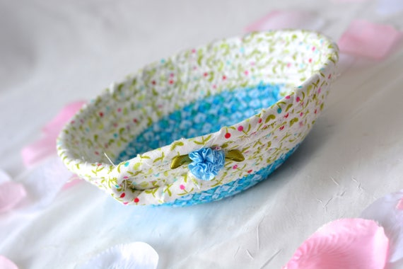 Cute Dresser Bowl, Handmade Candy Dish, Key Basket, Ring Holder Tray, Blue Desk Accessory, Artisan Quilted Bowl, Gift Basket