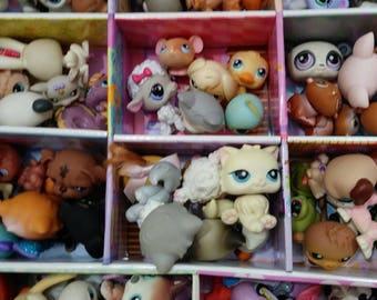 Littlest Pet Shop LPS Huge Lot 100 Pets 50+10 houses Accessories Dogs Cats