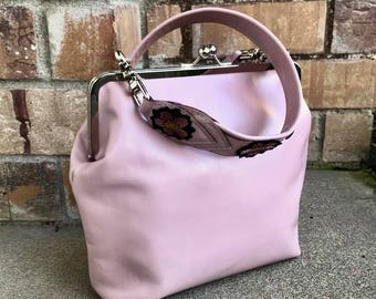 Leather kisslock Crossbody bag, crossbody bag, framed bag, CHOOSE your leather -  Laurel Dasso