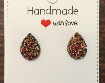 Magenta Gold Teardrop Druzy Stud Earrings