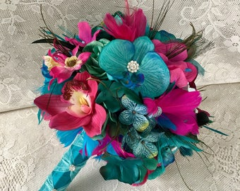 Turquoise Wedding bouquet, Tropical bridal bouquet, Feather bouquet, Hot pink Wedding flowers, Beach wedding, Brooch bouquet, Teal bouquet