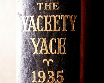 Vintage College Yearbook - The Yackety Yack - University of North Carolina, Class of 1935