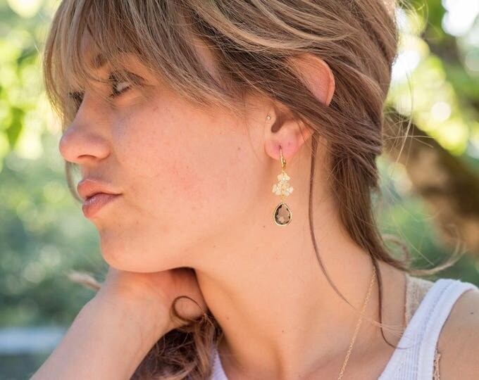 Charcoal Grey and Gold Bridesmaid Earrings. Jewel Bridesmaid Earrings. Bridal Drop Earrings. Gold Fashion Earrings. Wedding Gift.
