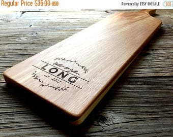 ON SALE Personalized Serving Board Cheese Board, Bread Board, Personalized Gift, Wedding Gift, Anniversary Gift, Housewarming Gift