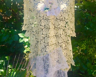 Victorian Yellow LACE SHAWL with  Delicate Flower and Lace Trim - Shabby Rose Brooch - Lace SCARF