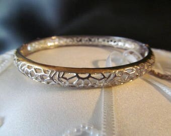 925 Sterling Filigree Hinged Bracelet with Safety Chain Signed SU, 925 Thai