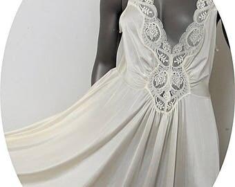 3XL Vintage Nylon Olga Night gown White 3XL  #128