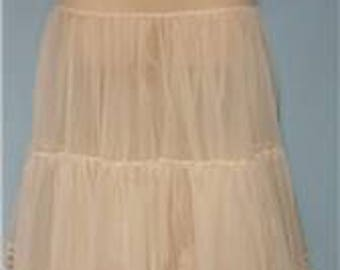 White Vintage Crinoline Medium #804