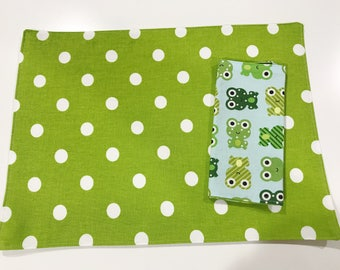 Placemat and Napkin Set for Kids  -   Frogs Napkin with green with white polka dots Placemat