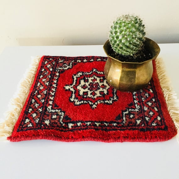 Vintage Red Oriental Rug Miniature Wool Table Mat Rug Small Decorative Carpet Plant Coaster Placemat Boho Decor