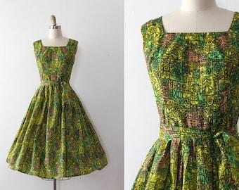vintage 1950s dress // 50s green mid century dress with belt