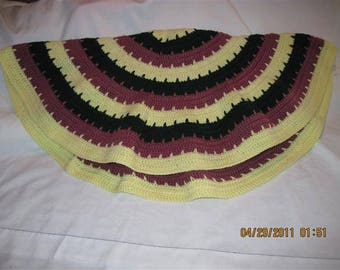 Circle of Love Laptop Blanket - Pastel Yellow,Mauve and Dk. Green