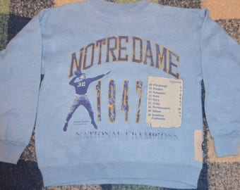 Vintage 1990's Notre Dame Fighting Irish 1947 Football Season Crewneck Sweatshirt!!!