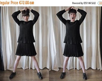 50%DISCOUNT 40s 50s pleated layered crepe little black dress S