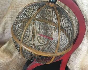 Bird cage, globe bird cage, round bird cage