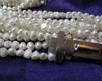 Beautiful 6 mm Fresh Water White Side Drill Pearls 1 strand P lot 004
