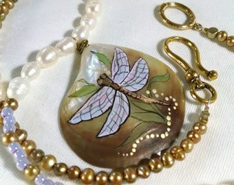 Dragonfly Necklace, Pearl Necklace, Mother of Pearl Shell Pendant. Freshwater Pearls, Golden and White Pearls, Statement Necklace