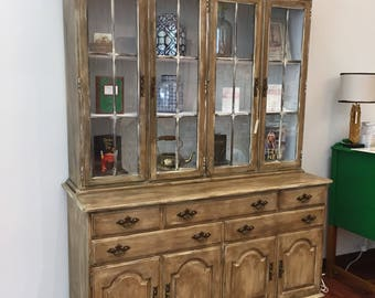 China Hutch/4 Doors Over 5 Drawers #171