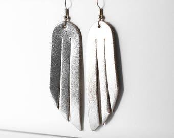Leather Earrings / Fringe / Silver Metallic
