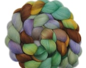 Hand dyed roving - 19μ Merino wool combed top spinning fiber - 4.1 ounces - Waving Goodbye 1