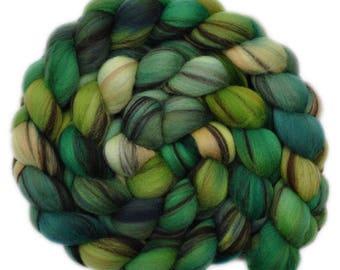 Handpainted roving - 21.5μ Merino wool spinning fiber - 4.1 ounces - For Love of the Hills 2