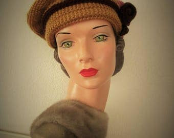 Hand Knit Beret 1918 Vintage Downton Abbey Style Highland Wool Ready to Ship