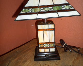 Vintage Stained Glass Resin Lamp 3 way light up Mission Style Arts & Craft