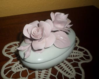 Porcelain/ITALIAN CAPODIMONTE TRINKET/Oval/Vintage/Roses