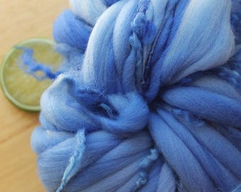 Forget Me Not CURLS - Thick and Thin Handspun Merino Wool Yarn Blue Curly