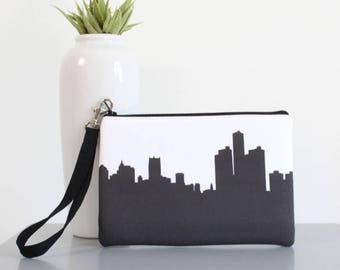 DETROIT Skyline Wristlet Clutch. Skyline Wristlet. Skyline Clutch. Twill Clutch. Skyline Silhouette Purse. Gifts for Her. Bridesmaid Gifts.