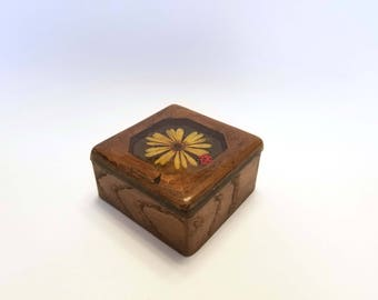 Vintage 70's Design Gifts International Lady Bug and Daisy Lucite Wood Trinket Box