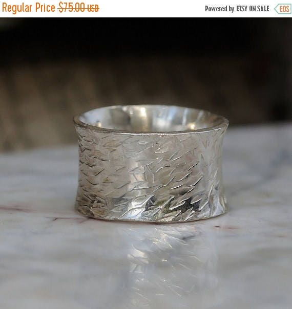 ON SALE Mens Wedding Band – Urban Promise Ring for Men or Women – Sterling Silver Wedding Band