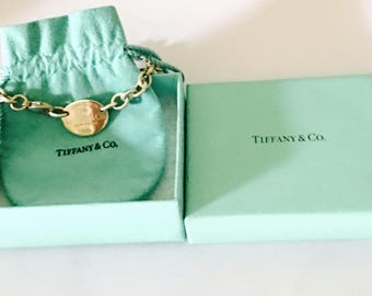 Vintage Tiffany & Co Oval Sterling Silver Pendant/Chocker, Stamped, Collectors, still in its original box, Item No. S231