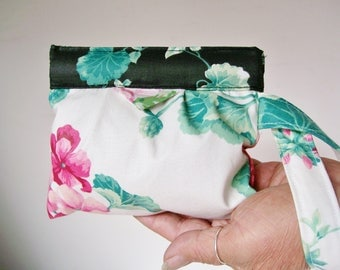 Geranium SNAP BAG WRISTLET Wallet Cell Phone Pouch Wrist Strap Floral Mini Bag Cosmetic Camera