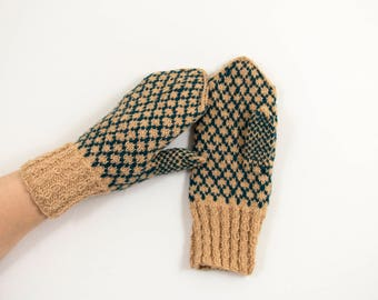 Knitted Wool Mittens - Beige and Green, Size Medium